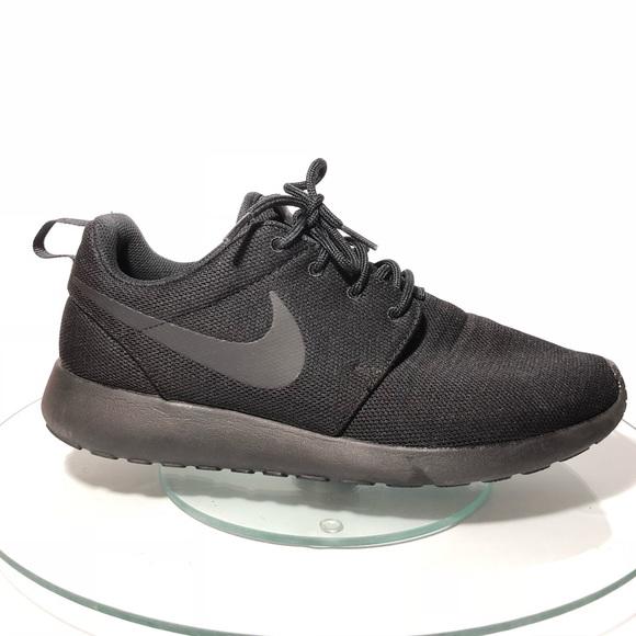 best sneakers abd8b e6703 Nike Roshe One Sneaker All Black Sz 10 844994-001.  M 5af3d2996bf5a62a836ef8c0